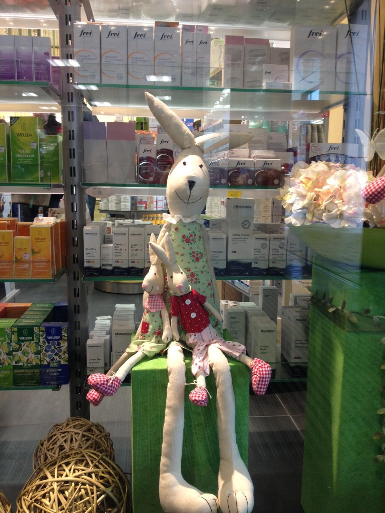 conejo escaparate 2